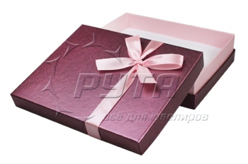 91330 Cardboard box with tape on the lid, series Cheerful garden 137х110