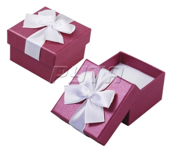 90701 Hard cardboard with ribbon on the lid,  a series of Pearl classic 45х45