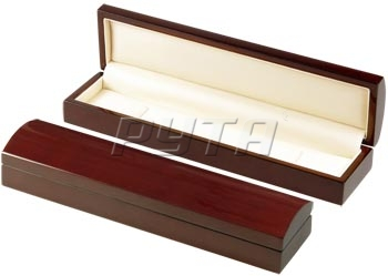 04804 Wooden box,  Exclusive collection